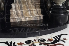 Pure Black Granite with Onyx for Staircase